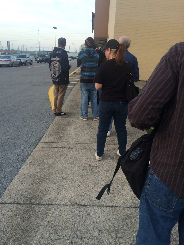 Store 1: only about 15 people in front of me... still took a solid 31 minutes to reach the releases